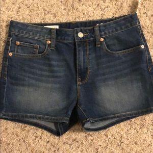 Brand new gap denim shorts!